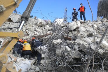 Haiti earthquake search and rescue
