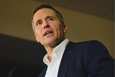 Eric Greitens gives a speech