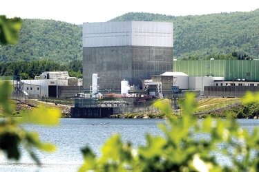 large gray buildings of nuclear power plant in Vermont