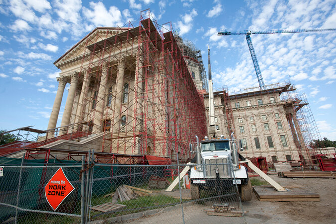 The Kansas state Capitol under construction.