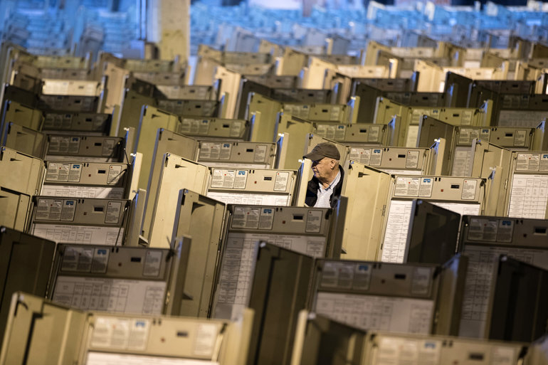US Democrats propose more than $1 billion for election cyber security