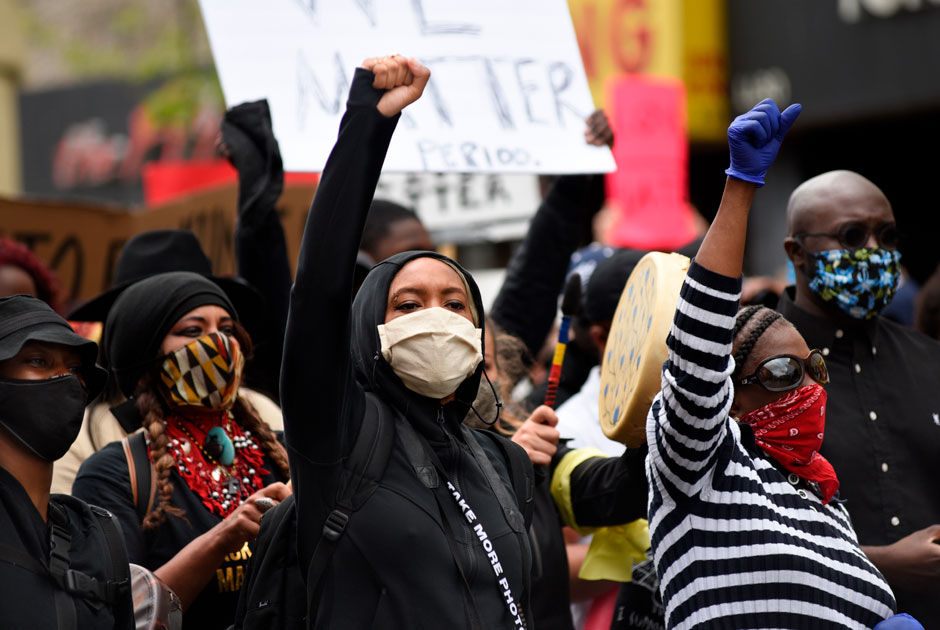 protesters+at+a+Black+Lives+Matter+protest
